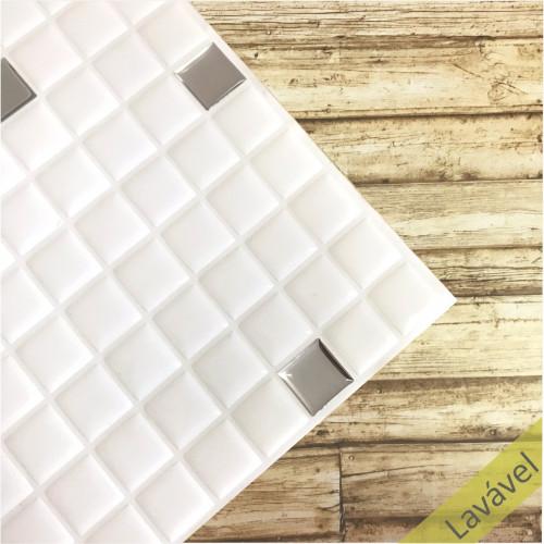 Placa de Pastilha Adesiva Resinada Branco e Prata - 28,5cm x 31cm