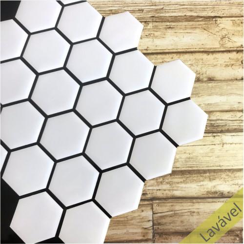 Placa de Pastilha Adesiva Resinada Hexagonal Branco Rejunte Preto - 28,5cm x 31cm