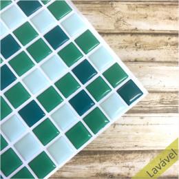 Placa de Pastilha Adesiva Resinada Tons de Verde - 28,5cm x 31cm